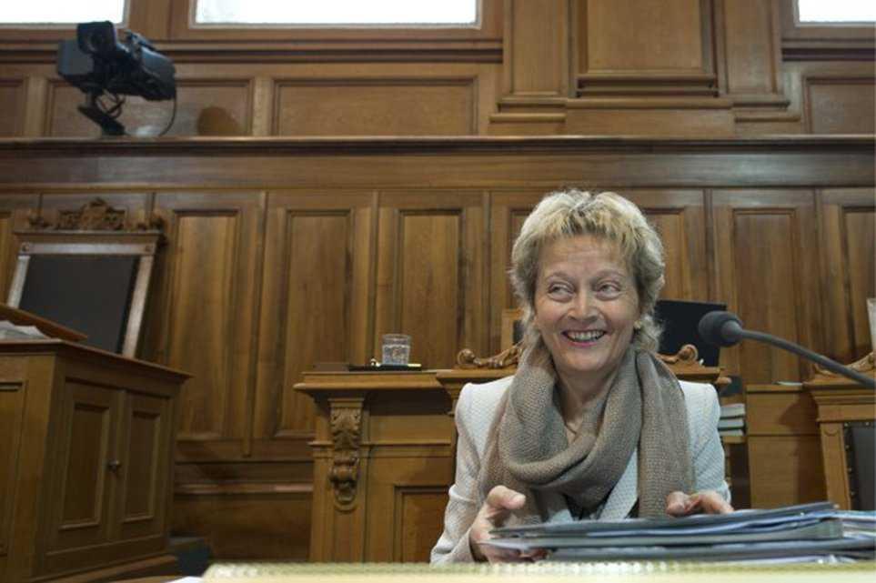 Министр финансов Эвелин Видмер-Шлумпф может вздохнуть с облечением