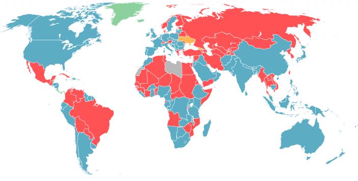 Ситуация в мире: красным отмечены страны, в которых военная служба остается обязательной, голубым - профессиональная или добровольная армия, оранжевым - обязательный призыв будет отменен в ближайшее время