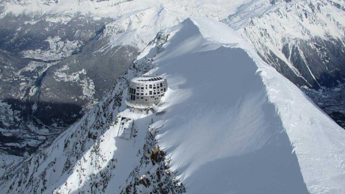 Refuge du Goûter, вид на долину Шамони