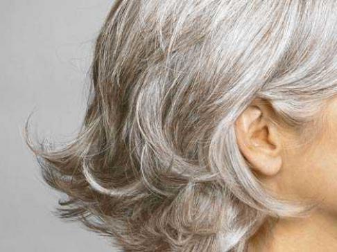 если не красить волосы в 40лет