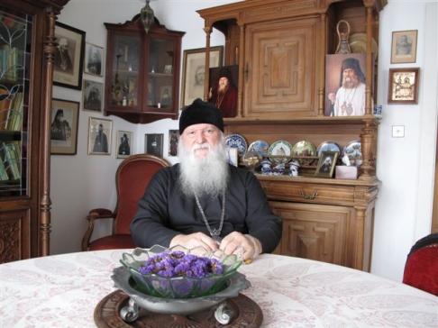 РПЦЗ МП: Архиепископ Женевский и Западно-Европейский Михаил временно отстранен от должности
